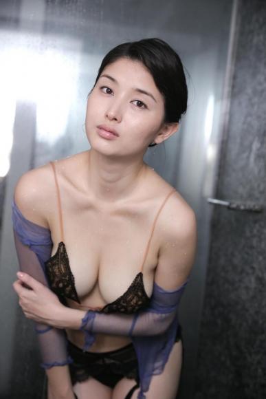 橋本マナミ (22)