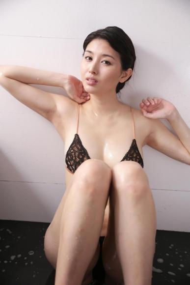橋本マナミ (68)