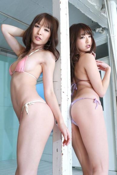 Yoshimi sisters019