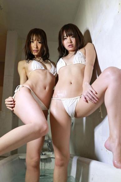 Yoshimi sisters040
