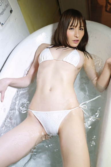 Yoshimi sisters051