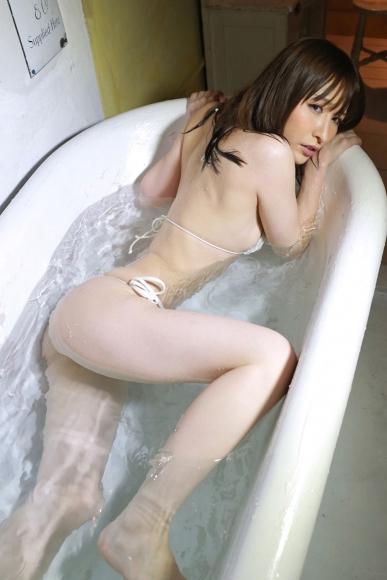 Yoshimi sisters054