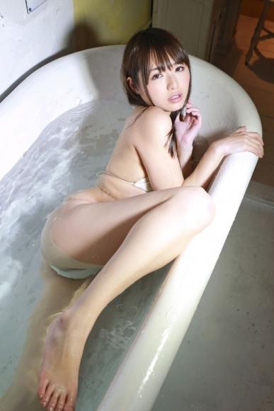 Yoshimi sisters057