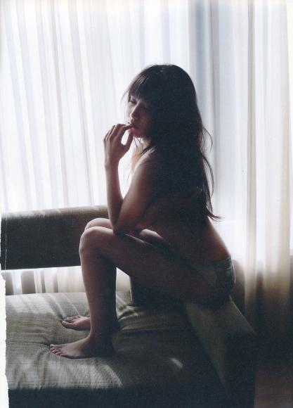 2 Anna Iriyama First Beautiful Sin059