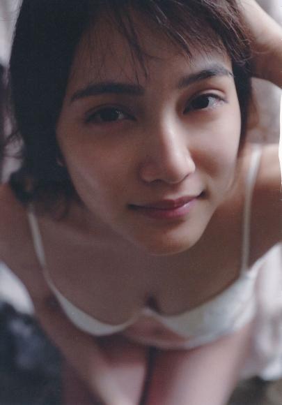 2 Anna Iriyama First Beautiful Sin093