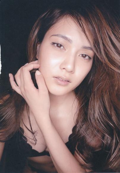 2 Anna Iriyama First Beautiful Sin097