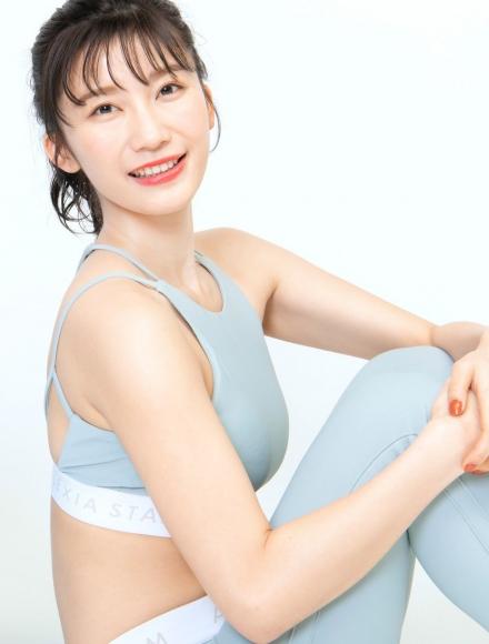 Yuka Ogura Muscle Exercise001