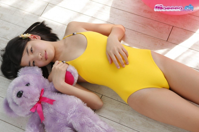 Miran Shimizu Swimsuit Gravure007