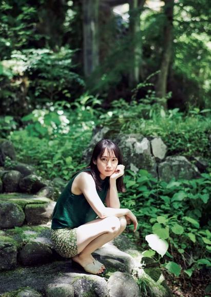 20201019 NO42 Yoshioka Riho Riho collection003