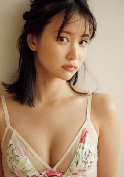 Mariya Nagao tears on a stormy day007