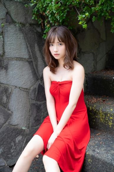 Nashiko Momotsuki, overwhelming beauty body in a sexy black bikini001
