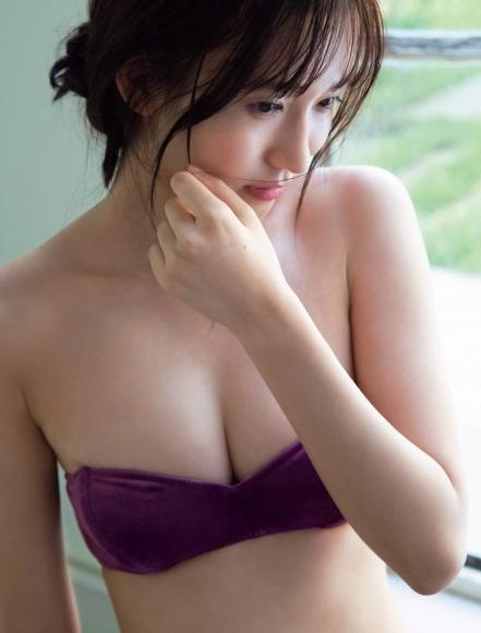 Otoshi Shida A female college student in Japans cutest bikini 100 pure and sexy005