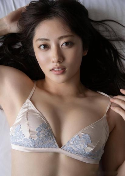 Kazusa Okuyama BRILLIANT BODY020