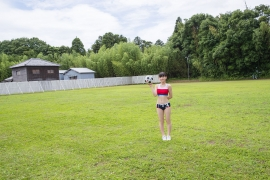 Beautiful girl in track and field club rew023