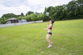 Beautiful girl in track and field club rew024