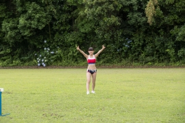 Beautiful girl in track and field club rew046