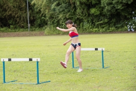 Beautiful girl in track and field club rew048