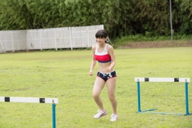 Beautiful girl in track and field club rew051
