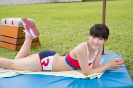 Beautiful girl in track and field club rew070