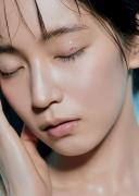 Riho Yoshioka New Frontier 2020013
