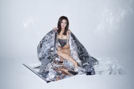 Ai Tsubakihara swimsuit bikini image F cup Japanese Miranda Kerr land body ban second year declaration 2017009