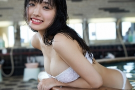 Take a look at Sakuchinwho has grown up a little Sakura Ando swimsuit gravure047