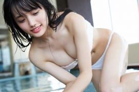 Take a look at Sakuchinwho has grown up a little Sakura Ando swimsuit gravure048
