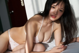 Take a look at Sakuchinwho has grown up a little Sakura Ando swimsuit gravure057