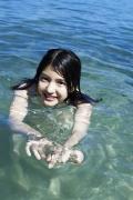 Umikas smile explodes on an island somewhere in the south! Kawashima Umika Swimsuit Gravure074
