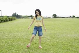Umikas smile explodes on an island somewhere in the south! Kawashima Umika Swimsuit Gravure086