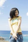 Umikas smile explodes on an island somewhere in the south! Kawashima Umika Swimsuit Gravure089