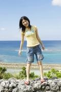 Umikas smile explodes on an island somewhere in the south! Kawashima Umika Swimsuit Gravure091