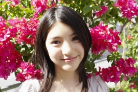 Umikas smile explodes on an island somewhere in the south! Kawashima Umika Swimsuit Gravure092