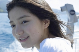 Umikas smile explodes on an island somewhere in the south! Kawashima Umika Swimsuit Gravure143