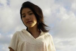 Umikas smile explodes on an island somewhere in the south! Kawashima Umika Swimsuit Gravure166