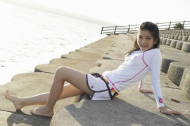 Umikas smile explodes on an island somewhere in the south! Kawashima Umika Swimsuit Gravure174