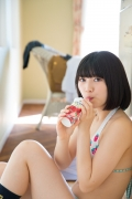 Healthy body that can play the sweet relationship of white skin x pink Risa Sawamura Swimsuit gravure006