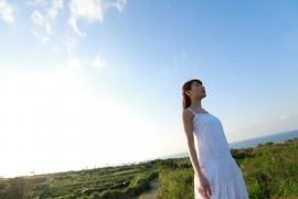 Ayumi Ishida 17 years old Morning Musume 14 Swimsuit with emerald green sea in the background094