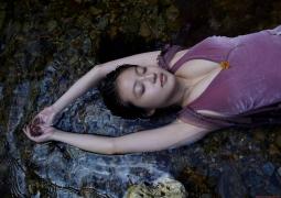 Definitely the most vigorous young actress Mio Imada 21 years old gravure swimsuit image bikini image056
