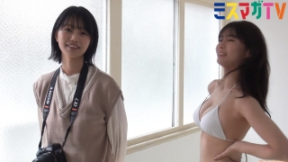 If you take a swimsuit with bare hobbies the tension of the idol Aya Natsume Mao Sakurada023