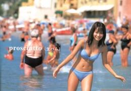 Yui Ichikawa 16 years old gravure swimsuit image016