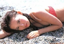 Yui Ichikawa 16 years old gravure swimsuit image027