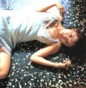 Yui Ichikawa 16 years old gravure swimsuit image045