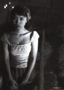 Yui Ichikawa 16 years old gravure swimsuit image095