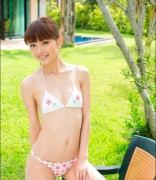 Rio Uchida gravure swimsuit image Even if it becomes a bikinishe always has dignity in parallel with clumsiness020