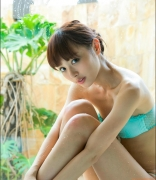 Rio Uchida gravure swimsuit image Even if it becomes a bikinishe always has dignity in parallel with clumsiness077