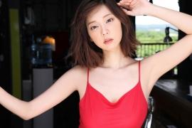 Hikaru Aoyama swimsuit bikini picture kissing her own Icup 2020002