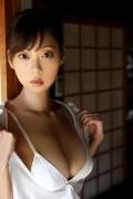 Hikaru Aoyama swimsuit bikini picture kissing her own Icup 2020004