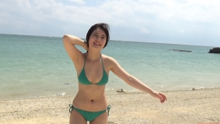 The first swimsuit of the actress from Okubo Sakura Squadron in Okinawa, a star in the making022