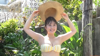 The first swimsuit of the actress from Okubo Sakura Squadron in Okinawa, a star in the making076
